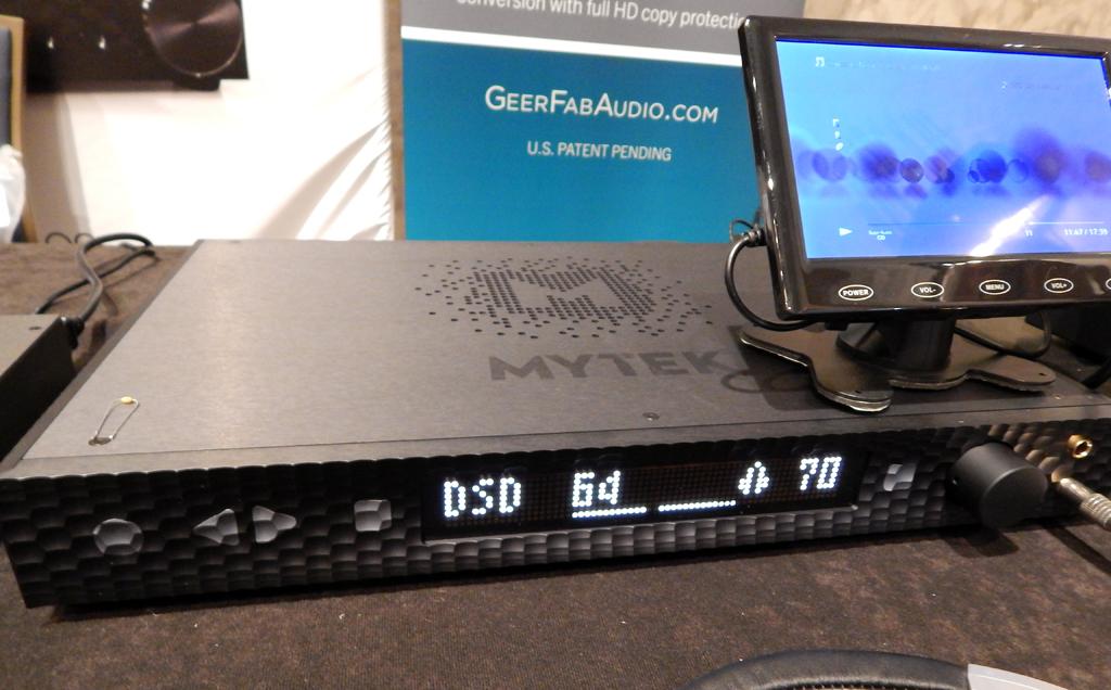 Mytek Manhattan DAC II playing DSD from an SACD via the GeerFab Audio D.BOB